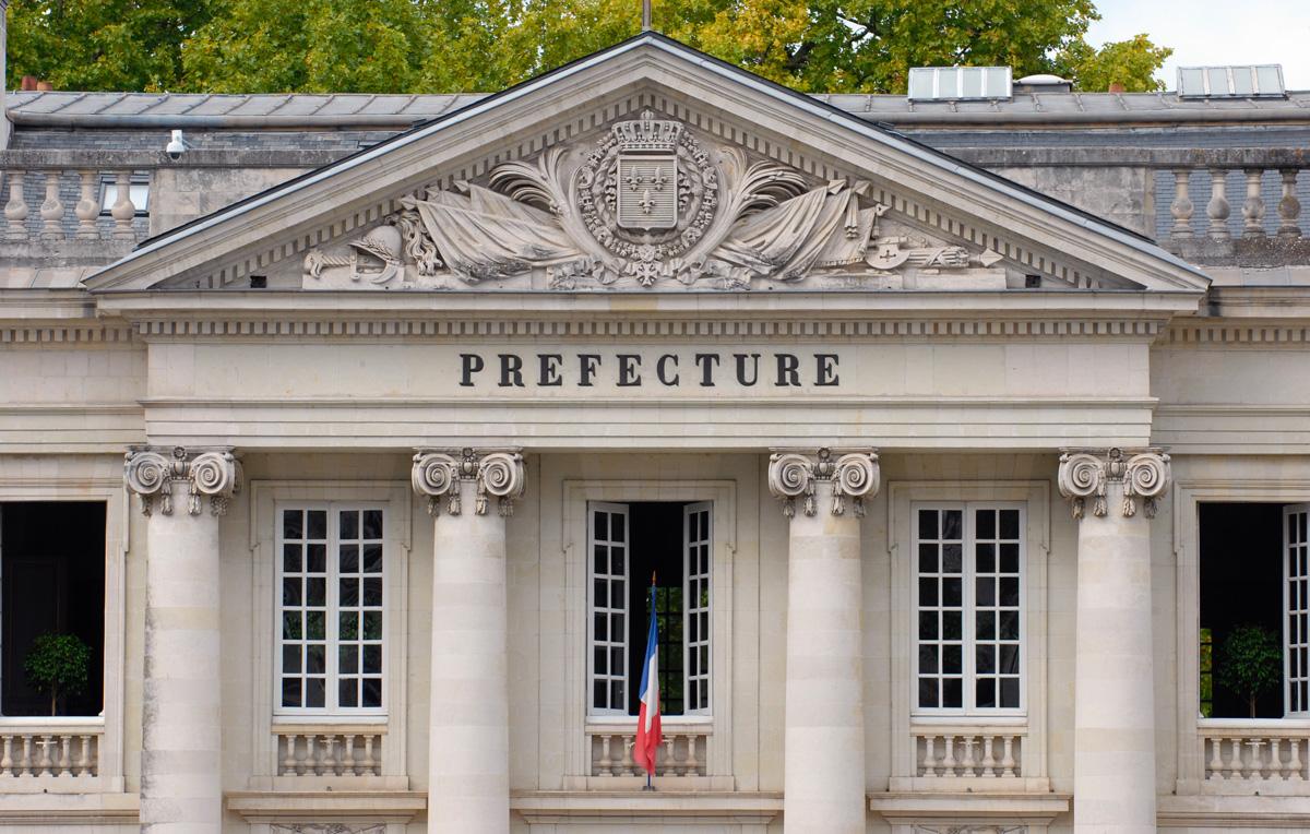 La préfecture de Nantes et son service d'immatriculation provisoire, les plaques WW